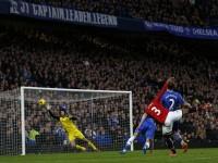 Chelsea-v-Manchester-United-Patrice-Evra-shot_3069480