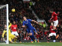 Manchester-United-v-Cardiff-Robin-van-Persie2_3074142
