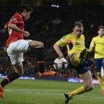 liverppol-keep-tabs-on-united-midfielder