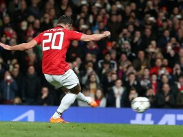 Manchester-United-v-Olympiacos-Robin-van-Pers_3104131