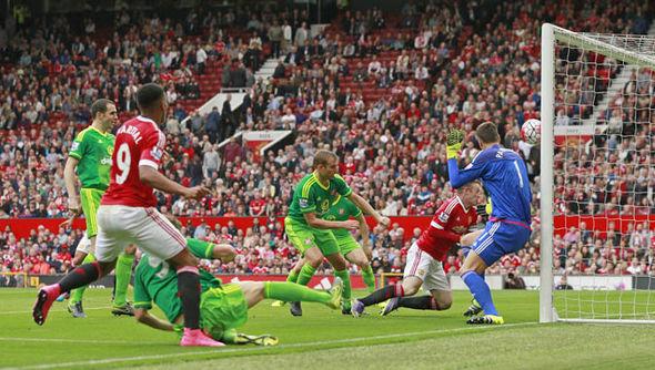 Rooney-REUTERS