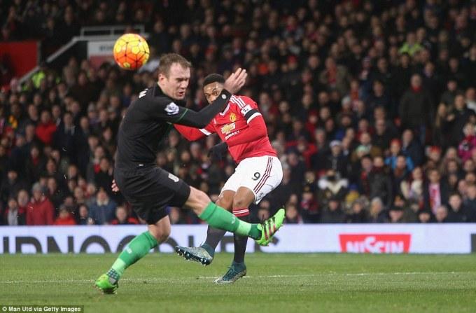 Man Utd via Getty Imagesマルシュ