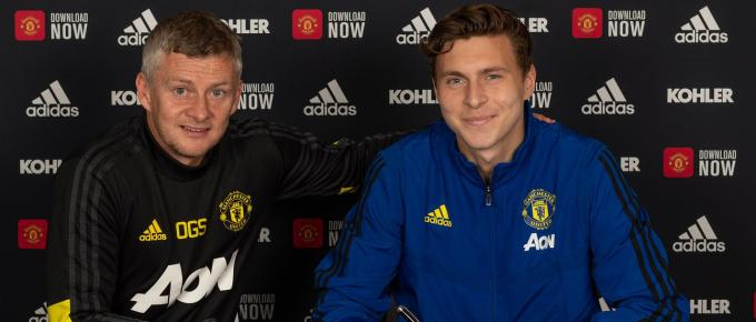 Victor Lindelof Signs A Contract Extension at Manchester United
