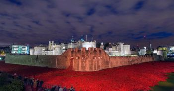 Tower_of_London_Poppies_MOD_45158094