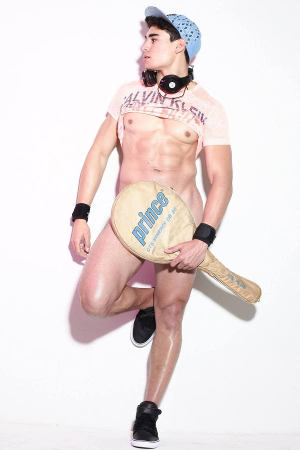 Thiago Serra in a naked photo shoot with Hay Torres.