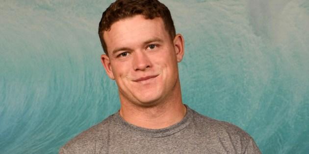 Quickie: Beefy Soccer Player Finn On Spunk Worthy
