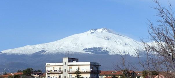 Etna, Itália, um vulcão ativo