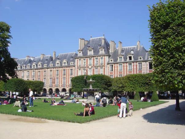 Place des Voges, Paris