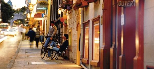 Rua em Québec, Canadá