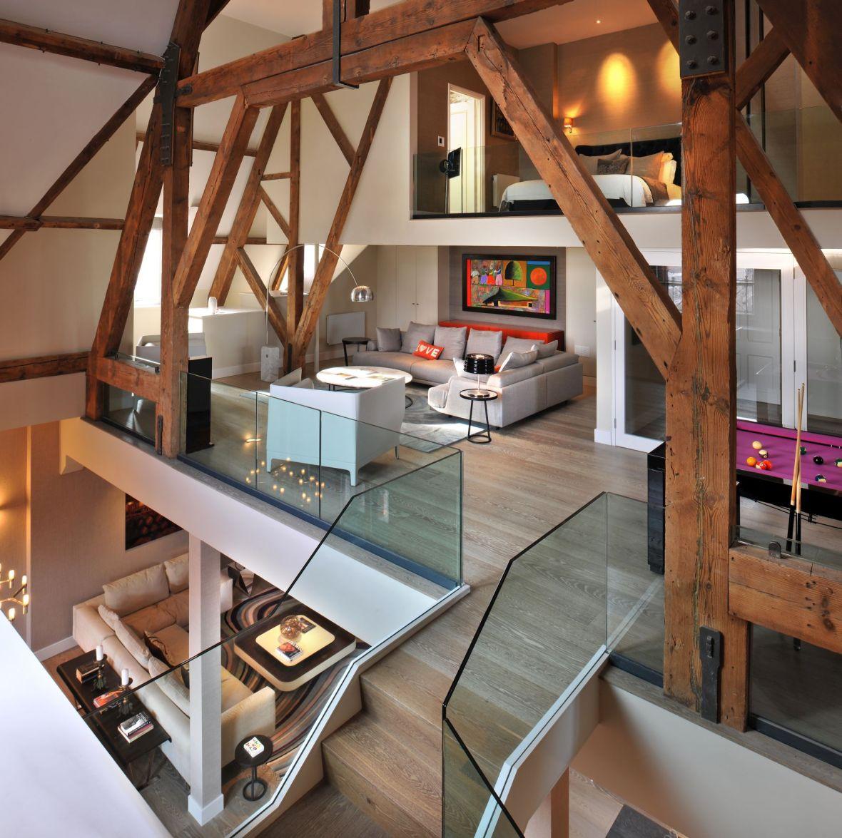 Ein Leben mit Holz. Diese private Residenz in London wurde mit Eichenparkett verschönert.