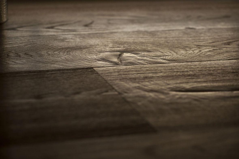Jedes Stück Holz bringt nach der Bearbeitung einen einzigartigen Charakter zum Vorschein.