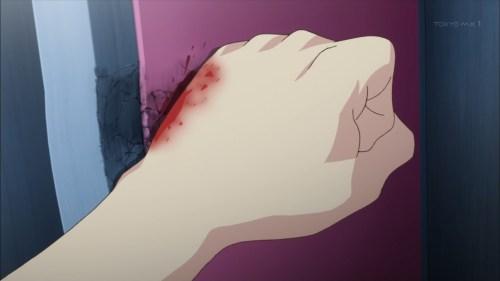 ロッカーを殴るジル(第8話画像)