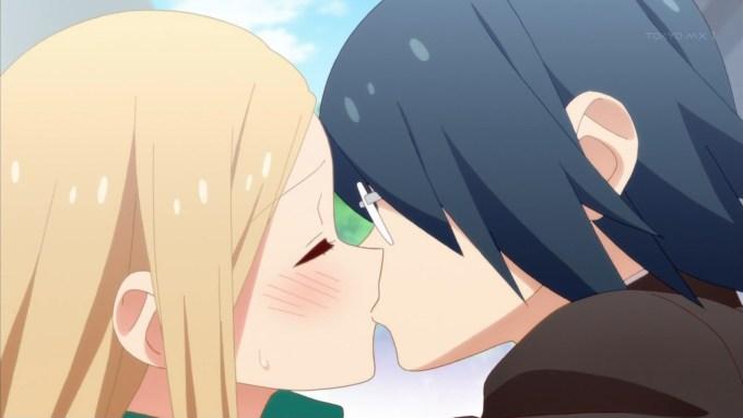 梶亮子と赤木正文のキス