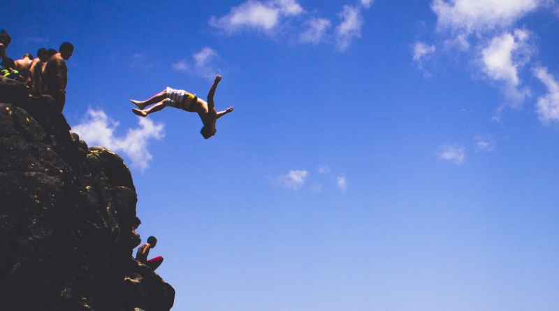 This Iconic Beach Cliff Jumping Photo Is Creating a Spike in Tourist Deaths