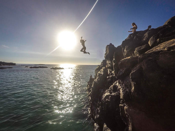 Waimea Bay Cliff Jumping