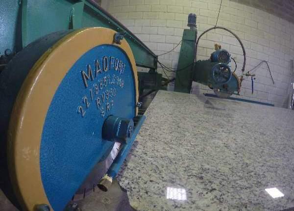 Maquina para cortar granto e marmore