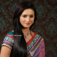 Shivani Surve (Devyani) Marathi Actress Photos,Wallpapers