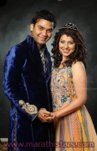 Tejaswini Pandit with husband Bhushan Bopche