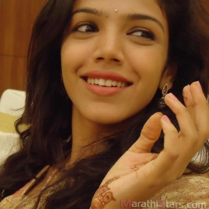 Shriya Pilgaonkar daughter of Sachin and Supriya