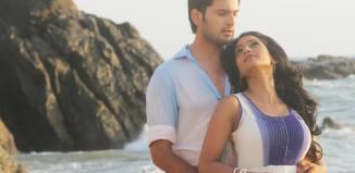 Siddharth Chandekar & Urmila Kanitkar-Kothare - Baavare Prem He