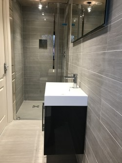 Small Of En Suite Bathroom