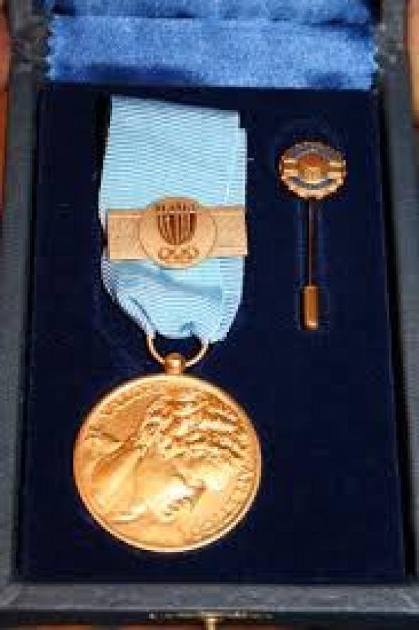 Medaglia d'oro al Valore Atletico la più alta onoreficenza del CONI