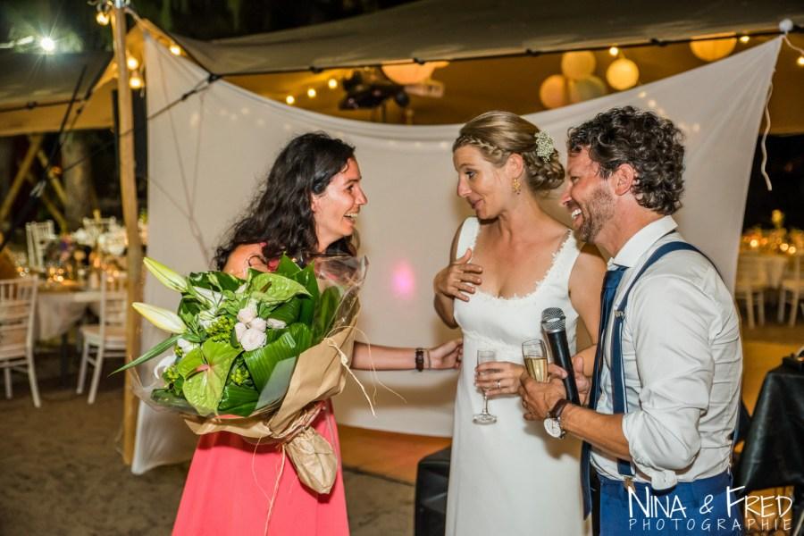 Mariage Réunion Ma Régisseuse wedding planner cérémonie laïque plage filaos love bouquet