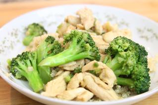 Slim & Trim: Chicken Quinoa Stir-fry