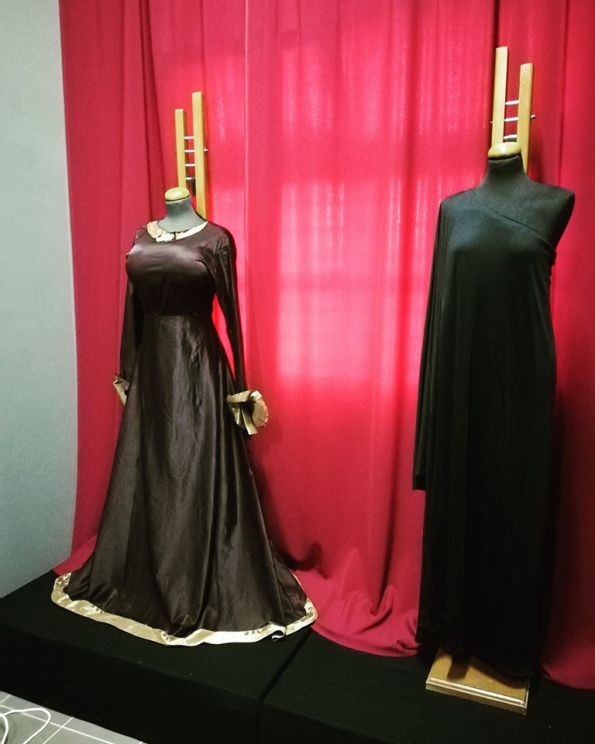 Maria Callas Alumni Association Exhibition / Costumes: From the left: Completely Insane / A black comedy - 2015 Designer: Aggeliki Sampali AristoΦanes Performance - 2016 Designer: Nathalie D' Anvers / Nathalie Bries