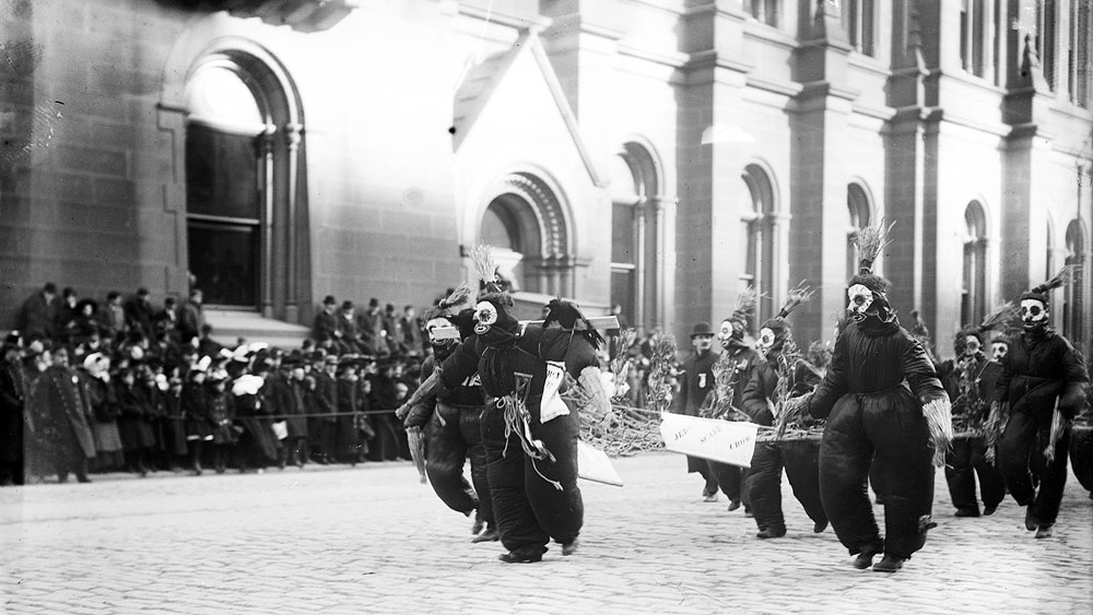 Philadelphia Mummers Parade, January 1, 1909