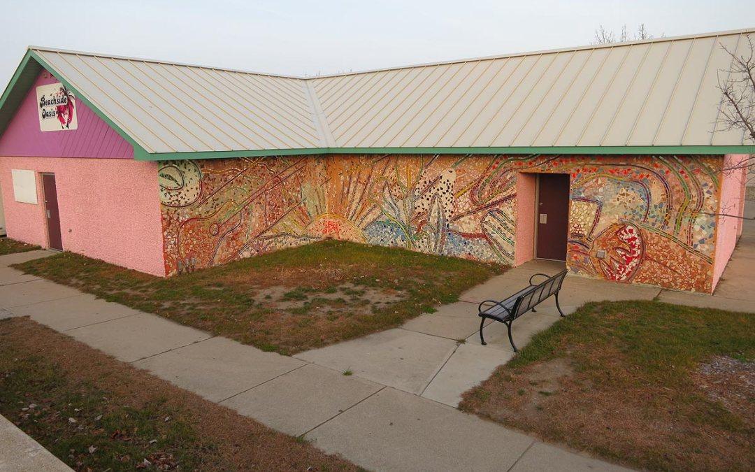 Beachside Oasis mural 'Fiesta,' Racine, Wisconsin