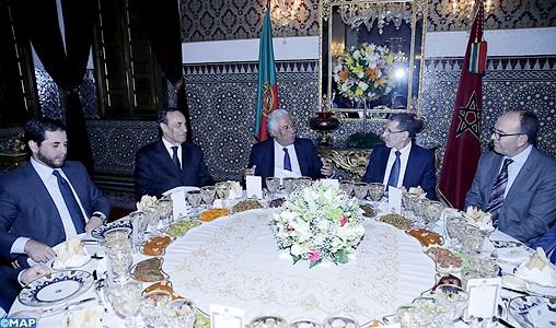 SM le Roi offre un dîner en l'honneur du Premier ministre portugais