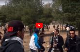 Jerada: sur cette vidéo, prise d'un autre angle, ce sont bien les forces auxiliaires qui sont prises d'assaut par une horde de contestataires.