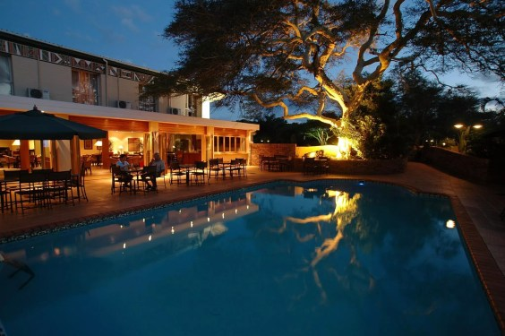 evening-pool2