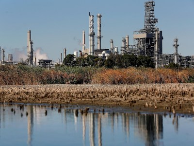 Shell sells Martinez Refinery to PBF, ending 104-year relationship with city