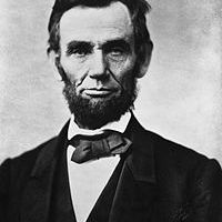 200px-Abraham_Lincoln_head_on_shoulders_photo_portrait