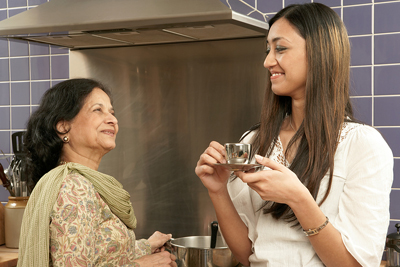 bigstock-Mother-and-daughter-talking-in-20833160