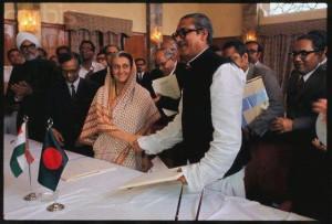 bangabandhu-sheikh-mujib-indira-gandhi