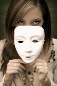 girl-with-mask
