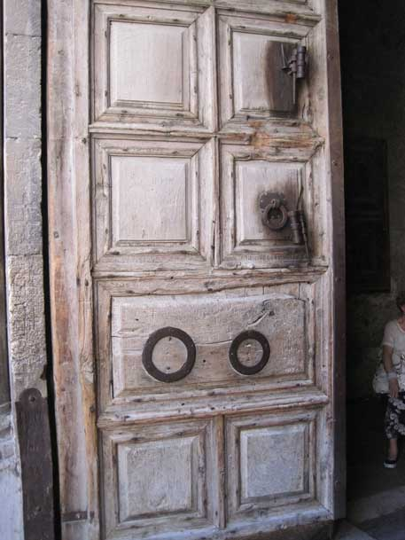 jerusalem6churchdoor.jpg