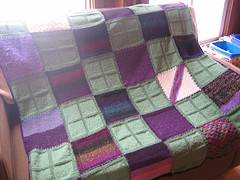 kelliannpurplegreenafghan.jpg
