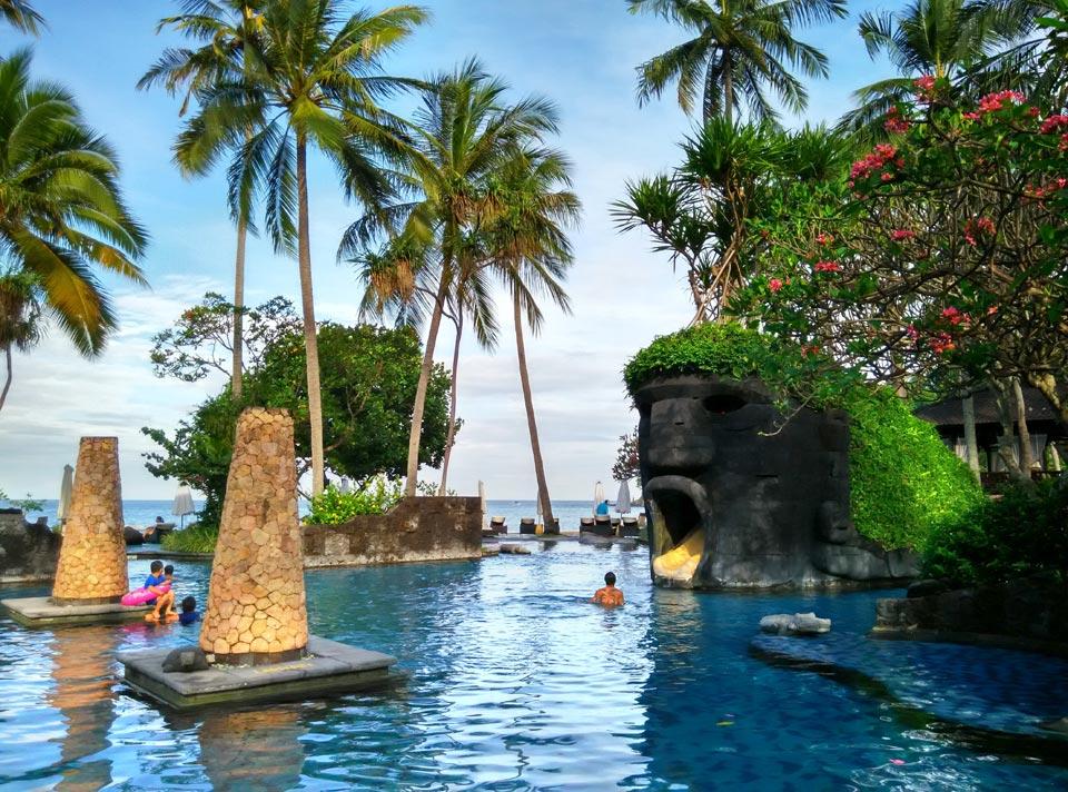 Sheraton Senggigi飯店泳池