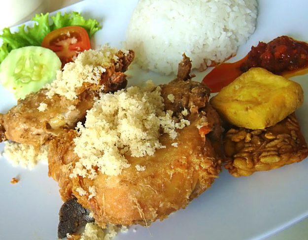 巴里島酥骨雞