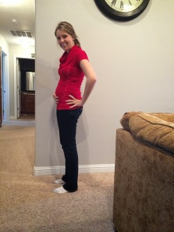Small Of Pregnant At 17