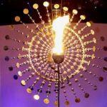 リオ五輪の太陽の聖火台はアンソニー・ハウ氏のキネティック・アート作品