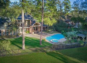 Property for sale at 23 Chestnut Hill Court, The Woodlands,  Texas 77380