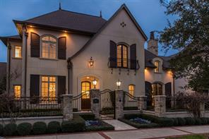 Property for sale at 2611 Timberloch Place, The Woodlands,  Texas 77380