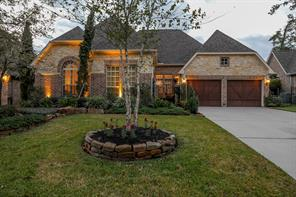 Property for sale at 7 Bridgewood Cove Court, The Woodlands,  Texas 77381