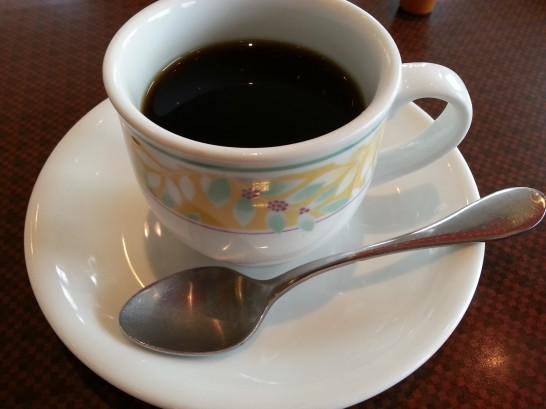 デニーズのおかわり自由ドリップコーヒー