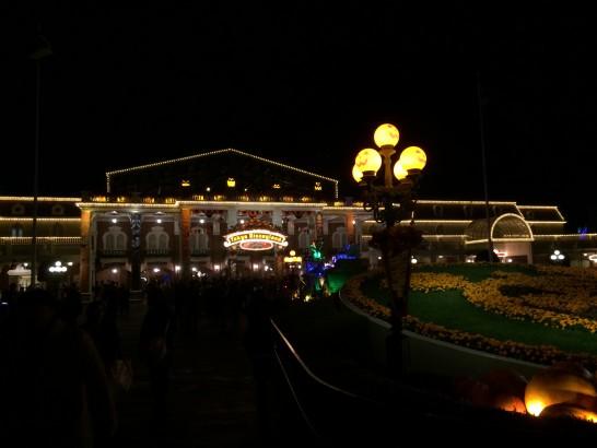 夜の東京ディズニーランド